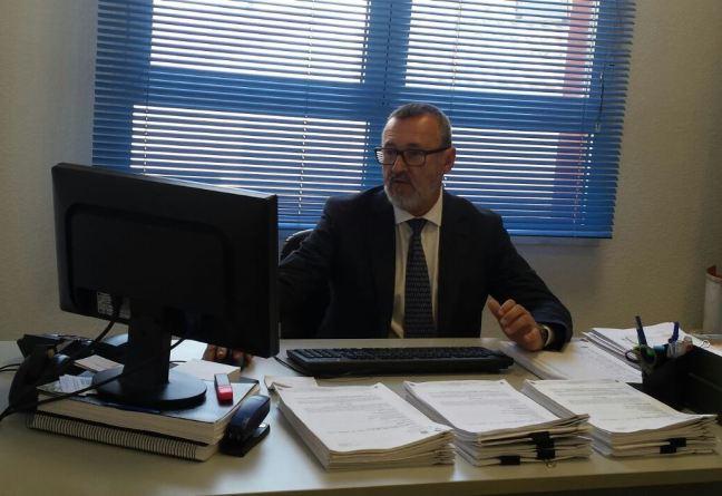 antonio-lara-portavoz-cs-alhaurin-torre-despacho